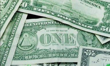 А вот доллар-то, оказывается, – не золотой, а бумажный, и истинная его  стоимость может оказаться при развале финансовой системы США стоимостью  кусочка ... 064330bd356