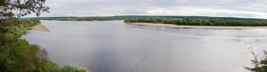 Место слияния реки Сухоны с